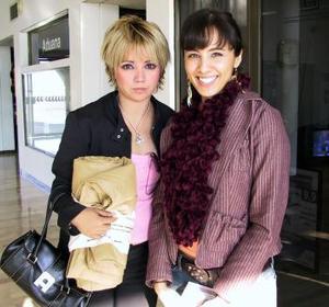 Lorena Aguilera y Victoria Barbosa viajaron con destino a Denver Colorado