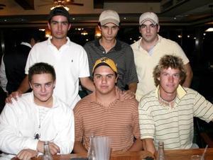 Rodrigo González, Salvador Sánchez, Ián Calzón, Jorge Abularach, Ricardo Tueme y Rodrigo Delgado.