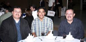 Gerardo Lozano , José Martínez y Jorge Ramos.