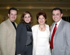 René Glesermann, Lizeth Baltiérrez, Ana María Rendón y Sergio Galván