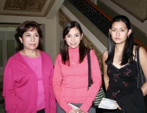 Coco de Pérez, Ale Pérez y Gaby Ochoa