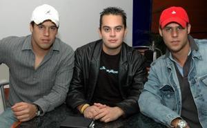 Román Riquelme, Fernando Santoyo y Jorge Valdano.