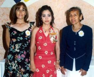 Laura de Redondo y Raquel de Nasser le ofrecieron una despedida de soltera  a Laura Érika Redondo