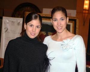 Gaby y Karla Diaz de Laeon