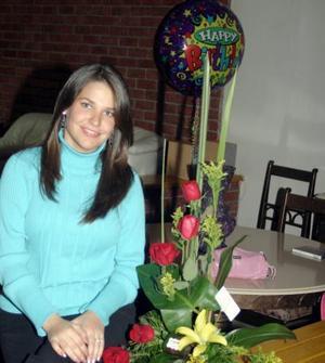 <u><i> 19 de noviembre de 2004</u></i><p>  Gaby del Bosque de Barrios festejó su cumpleaños  con una agradable fiesta  a la que asistieron sus amistades