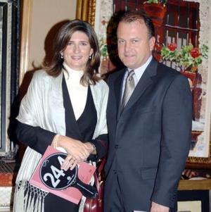 Cecilia González de Sáenz y Federico Sáenz.
