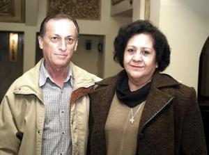 Rafael Ruiz y Jenny de Ruiz.