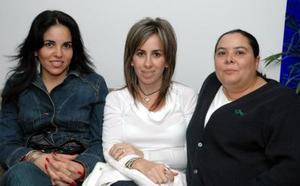 Mary Cristy de la Garza, Eva López y Esther Garza