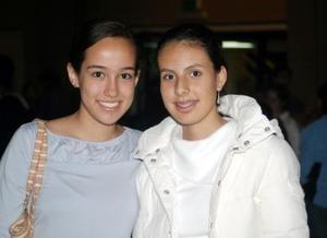 <u><i> 21 de noviembre de 2004</u></i><p> Sonia Rosell y Stephanie López.