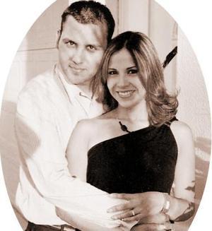 Gregorio Ruiz Reyes y Alma Rosa Luján Aguilar