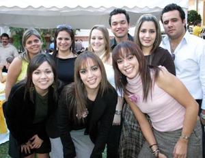 Isabel Hernández, Alicia Hernández, Luis Hernández, Paty León, Laura Orduño, Eduardo Bustamante y Caro Hernández, Gavy y Mariana Suárez