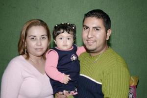 Oswaldo Quintero y Mirna Galindo de Quintero festejaron a su pequeña Ana Sofía Quintero Galindo