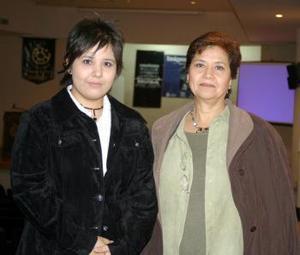 Mariana Torres y Ana María Batancourt Favela