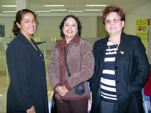 Rosario Sams viajó a Culiacán y María de Jesús Quevedo viajó a Tijuana
