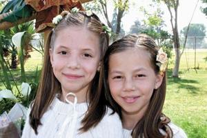 <u><i> 23  de noviembre de 2004</u></i><p> María Luisa Orduña Quintero y María Frida Boehringer.