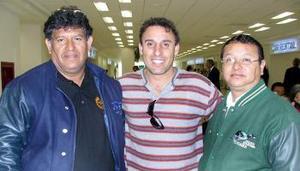 <u><i>24 de noviembre de 2004</u></i><p> Gerardo Hernández, Carlos Murga y Sergio Casola.