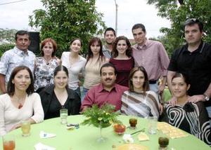 Lilian de León Hernández recibió múltiples felicitaciones el día de su cumpleaños.