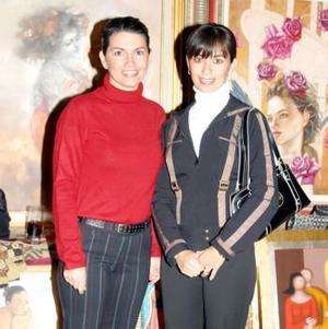 Marcela y Anabel Carrillo.