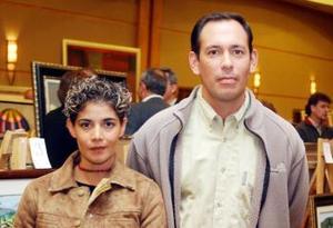 J-Sandra y Roberto Martínez