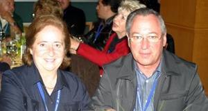<u><i> 25 de noviembre de 2004</u></i><p>  Julián Herrero y Laly de Herrero