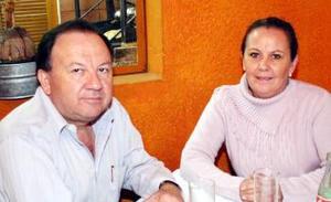 Genaro Bernal y Carmen Abascal de Bernal.