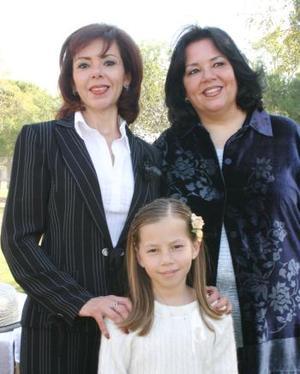 Lupita Quintero de Villalobos, Rebeca Quintero de Mijares y María Luisa Orduña de Quintero.