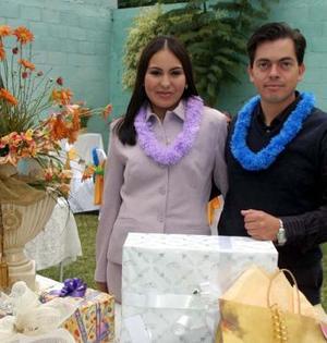 Jéssica Martínez Rodríguez y Miguel Ángel Montoya Salcido disfrutaron de una despedida de soltero que les ofrecieron sus familiares