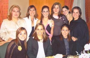 Ana Sofía Urquizo Leal contraerá matrimonio el 15 de enero de 2005 por tal motivo recibió numerosas felicitaciones de parte de amigas y familiares