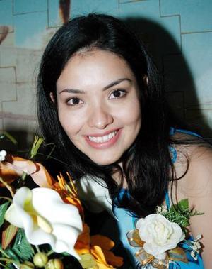 Esmeralda Ramírez Barrera, captada  en el  festejo pre nupcial que le organizaron.