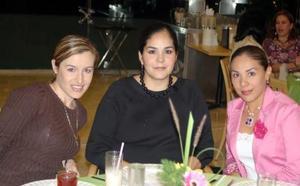 Monse Saracho, Valeria Garza y Claudia Bartoluchi.