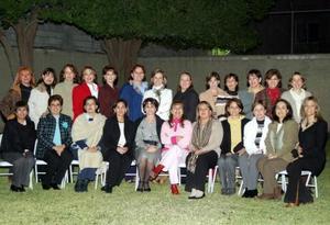 Ex- alumnas de colegio se reunieron hace unos días en casa de Analí de Jaidar