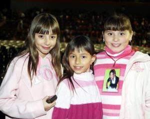 Camila, Ivana y Pamela Milán