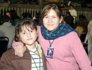Samantha y Aranza Lozada.