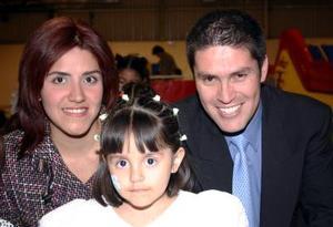 Danna Paola Pantagua Monárrez celebró su tercer cumpleaños con sus papás.