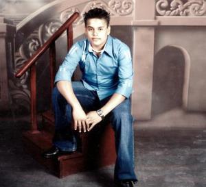 <u><i> 28  de noviembre de 2004</u></i><p> Víctor Joel Reyes  festejó su cumpleaños recientemente.