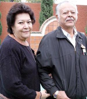 Ricardo Carrillo y Alicia de Carrillo.