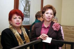 Rosario Garibaldi y Juana Corrales.