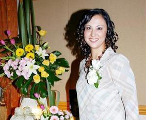 Alejandra del Rocío Artea Gomez en su despedida de soltera.