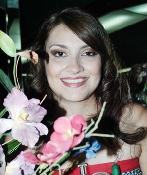 <u><i> 30 de noviembre de 2004</u></i><p>   Silvia Denise Leal Romo, captada en su despedida de soltera.