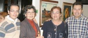 José Orozco, Josefina de Orozco, Esthela Martínez de Meléndez y Salvador Díaz