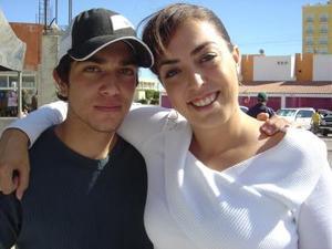 <b>02 de diciembre de 2004</b> <p>  Ani y Daniel Chaidez Villarreal.