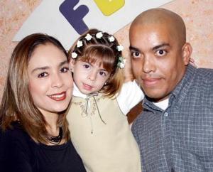 Fernando y Rosario Mata festejaron a su hija Jéssica por su tercer cumpleaños