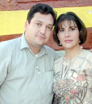José Sada y Marcela López.
