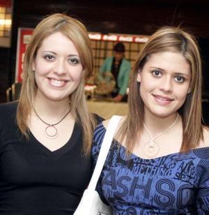 Gaby y Marcela Lazalde.