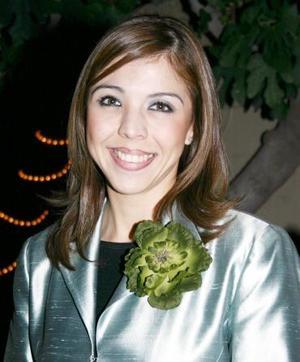 Marisol Medina Rodríguez recibió felicitaciones por su enlace.