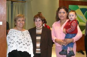 Bertha Lovarto, Elisa de Valdés y Josefina de Guerrero