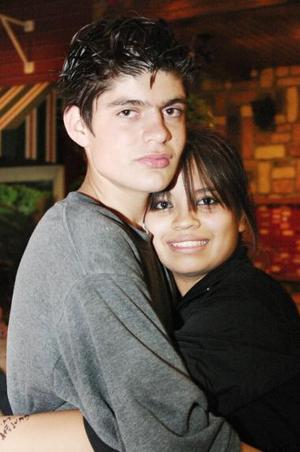Ana Herrera y René González.