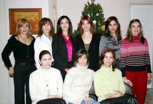 Silvia de Gido, Marcela de Aguirre, Claudia de Jáuregui, Sofía Ramos, Laura de Valle, Jéssica de Allas, Leticia García, Paty de Gutiérrez y Laura de Martínez, Grupo de los Viernes  que disfrutaron de su posada.