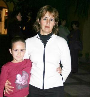 Diana Garza de Buttler y Ángela Buttler.