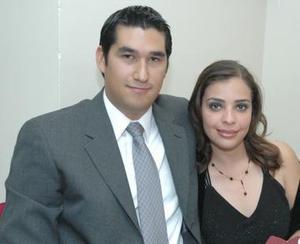 <b>10 de diciembre de 2004</b><p>  Mary Carmen Chávez y Humberto Hernández.